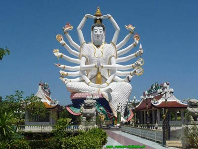 Buddhist temples and giant statues of various deities very important to local residents with free access at any time.